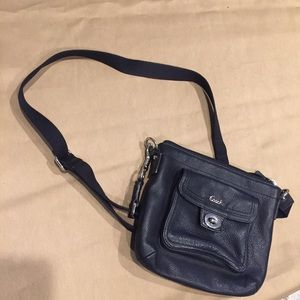 Black coach purse / shoulder crossbody bag